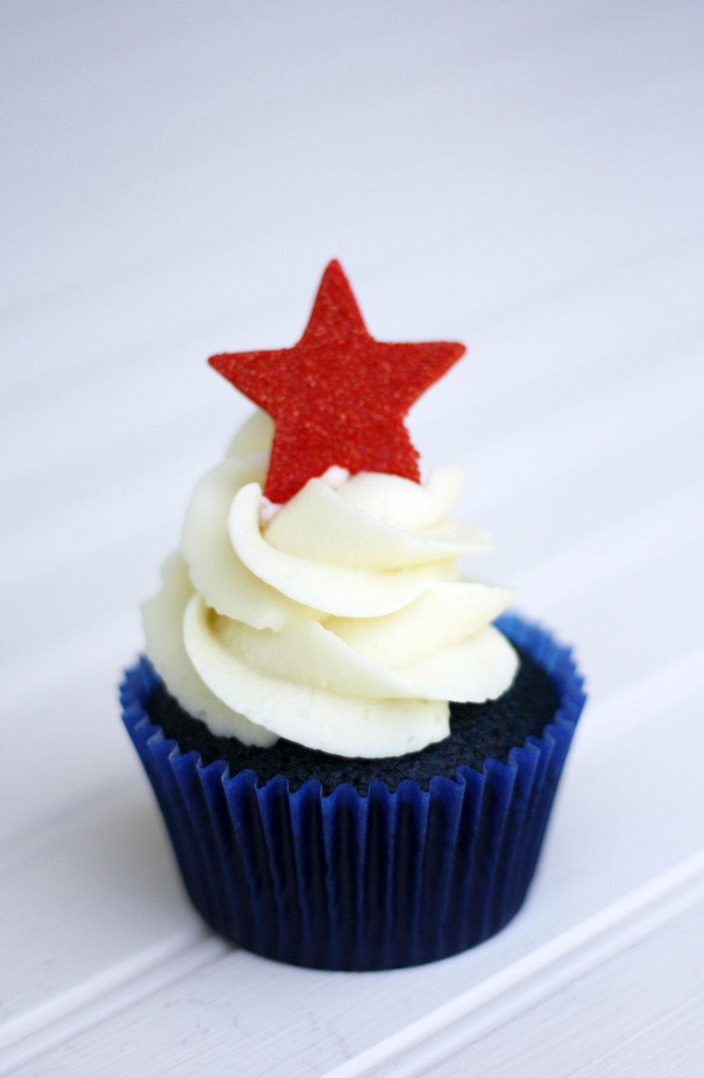 4th-of-July-Cupcake-Blue-Velvet1