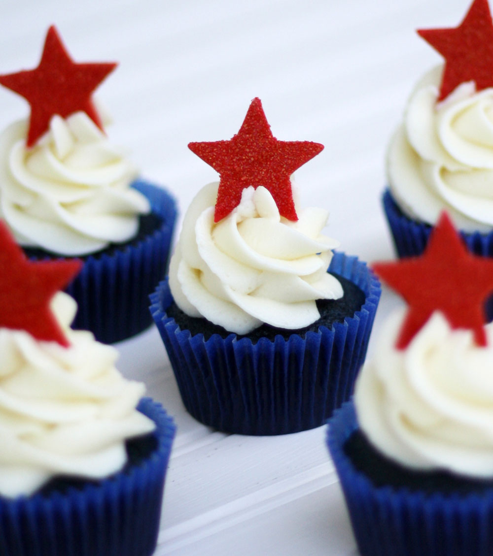 Red, White And Blue Velvet 4th Of July Cupcakes
