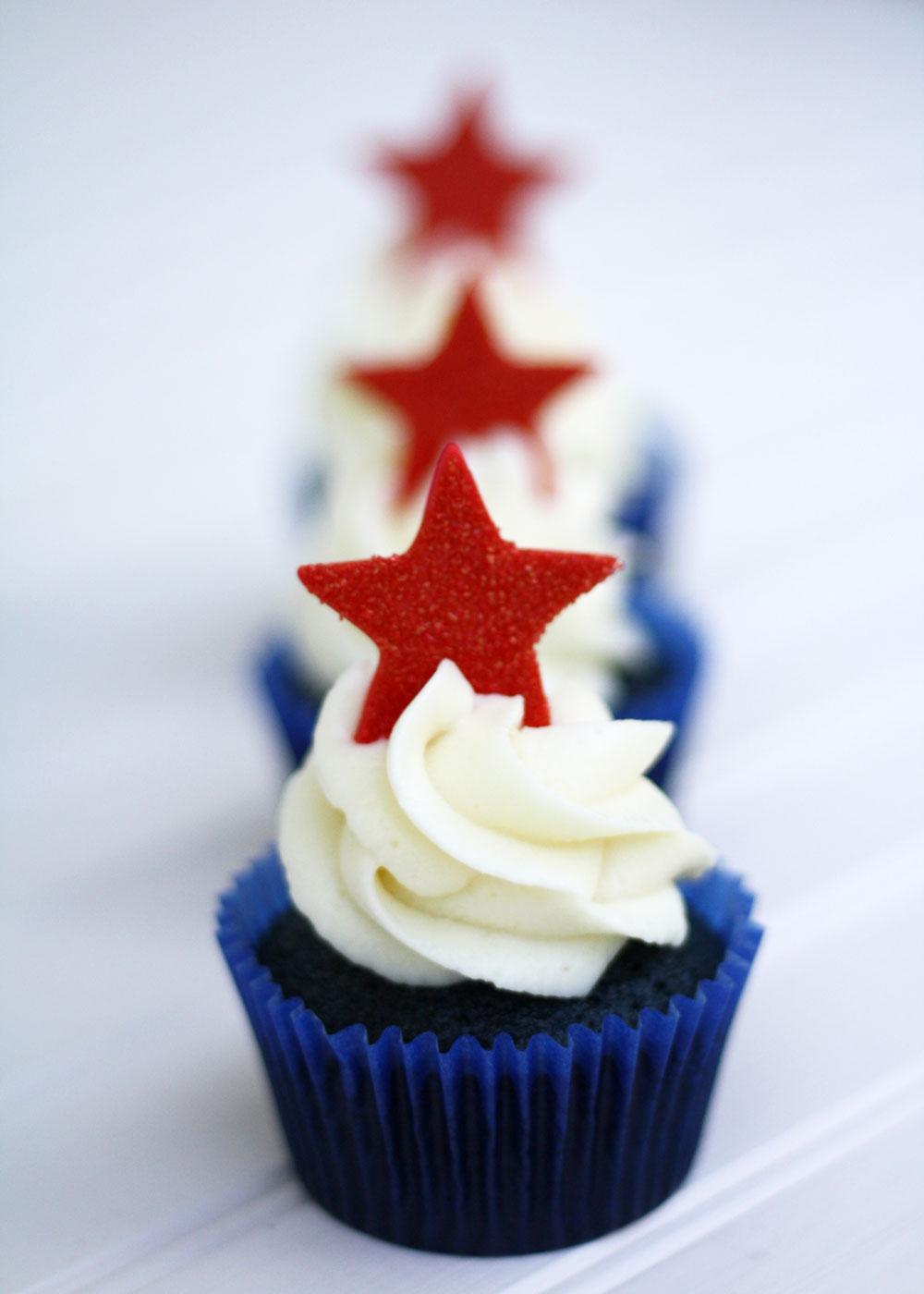 4th-of-July-Cupcake-Blue-Velvet3
