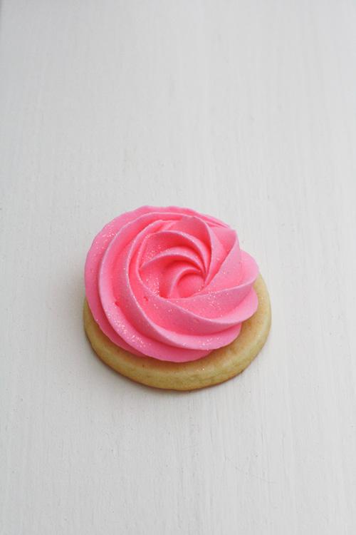 Rose-Cookies-3