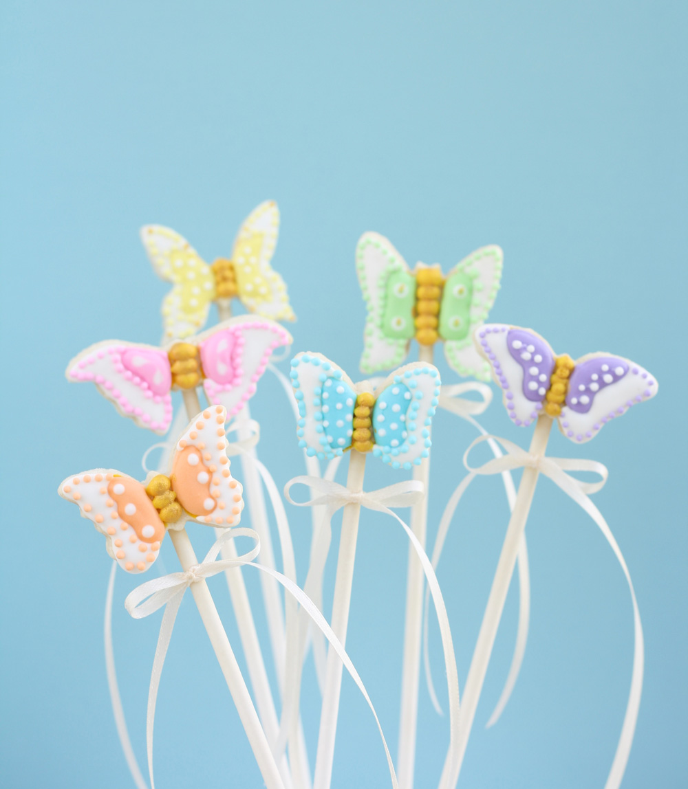 Butterfly-Cookie-Pops-Main