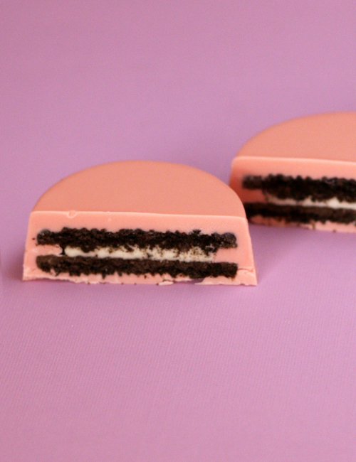 Chocolate Covered Oreos Cut