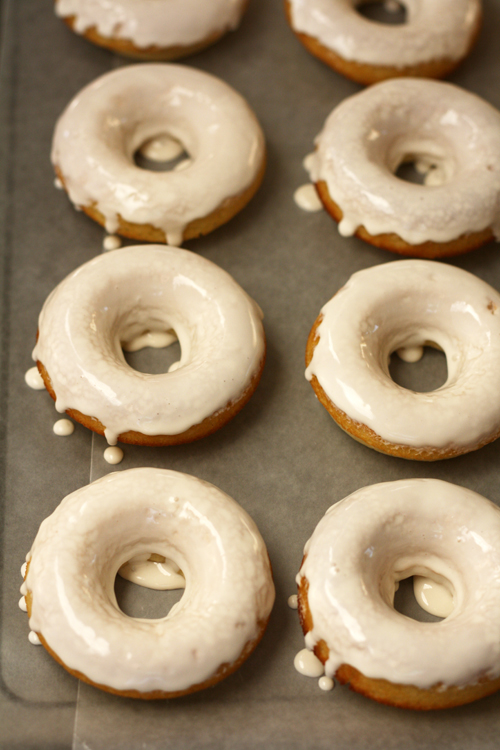 Baked Donuts With Glaze